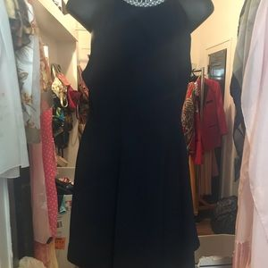 Navy blue dress with pearl embellishments M